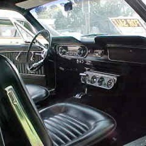 Mustang - Interior Front