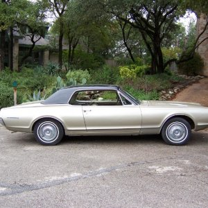 1967 Cougar side view