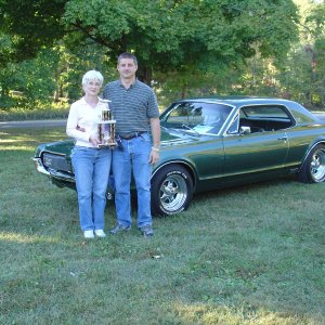 Kevin and Debbie With the trophy from Burdette Show