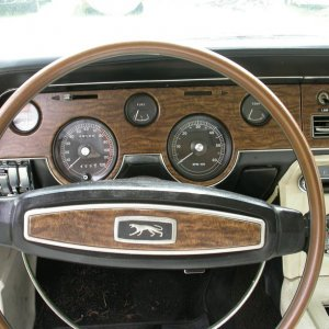 Diamond Blue 68xr7 dash area