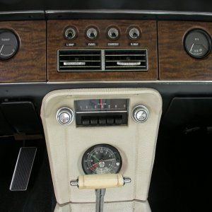 Diamond Blue 68xr7 center dash