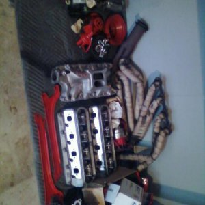 all of my engine in parts... FULL engine rebuild