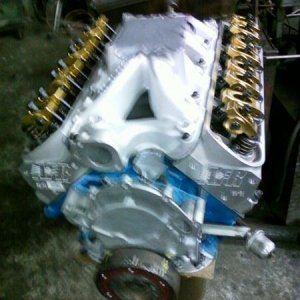my new engine!!! i can't wait to hear it run..