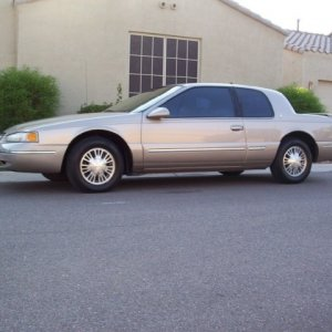 1997 Cougar XR-7, 3.8 Litre V-6 engine, AT, PS, PDB, AC, PW.  Bought on eBay in Arizona.... *** SOLD now ***